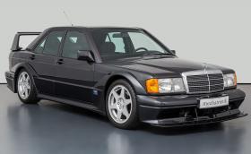 Защо този Mercedes-Benz 190 2.5-16 Evo II струва 428 400 евро?
