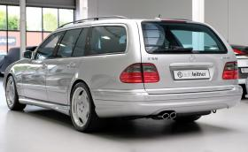 2001 Mercedes-Benz E 55 AMG T-Model. На 180 хил. км за 32 хил. лв.?