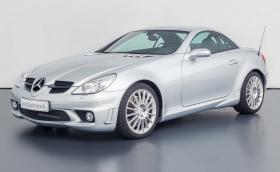 Прекрасен: Mercedes-Benz SLK 55 AMG на едва 30 хил. км