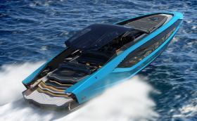 Това Lamborghini е мощно 4000 к.с. Има два V12 двигателя… MAN