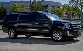 Този Cadillac Escalade ESV е по-луксозен от Rolls-Royce Phantom и помещава 43-инчов телевизор
