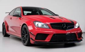 Mercedes-Benz C 63 AMG Black Series: мощното бижу е на 2600 км и струва 300 хил. лв.