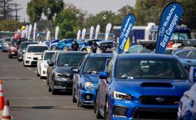 Подобриха рекорда за най-голям парад от автомобили Subaru