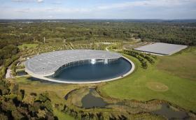 McLaren Automotive продава своя производствен и развоен център за 200 млн. паунда