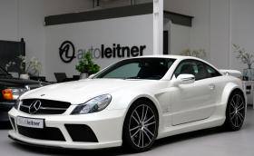 Този 2009 Mercedes-Benz SL 65 AMG Black Series или чисто новата S-класа?