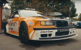 BMW E36 с над 600 коня: какво представлява един професионален дрифт автомобил? Видео!