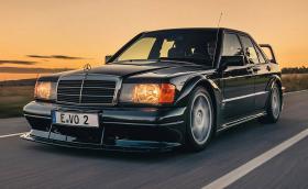 """Този Mercedes-Benz 190 2.5-16 Evo II поевтиня с 21 хил. лева. Сега струва """"едва"""" 816 000…"""
