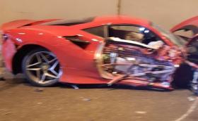 """Ferrari F8 Tributo участва в катастрофа на """"Струма"""", няма пострадали!"""