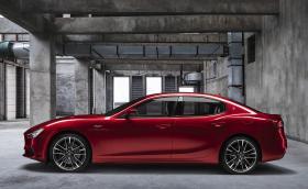 Maserati обнови три модела накуп. Идват с V8 и 580 к.с.