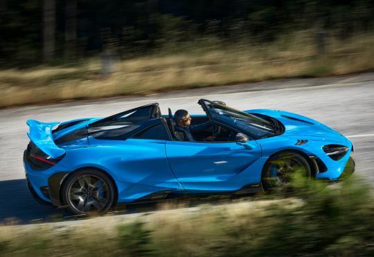 765LT Spider е най-мощният и бърз открит McLaren, правен някога