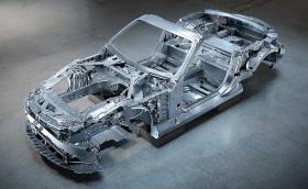 Това е скелетът на новия Mercedes SL