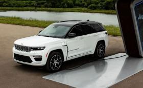Jeep Grand Cherokee вече е плъгин хибрид!