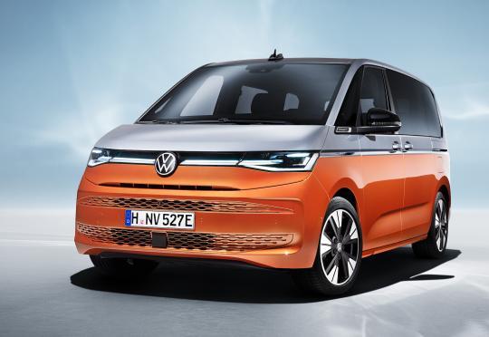 VW Multivan T7 е новият офис на колела от Волфсбург