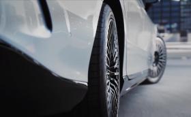 Платените опции настъпват! Mercedes иска 500 евро годишно за завиващи задни гуми