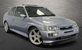 Този 1996 Ford Escort RS Cosworth е мощен 300 коня и се продава за… 80 хил. лв.!