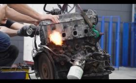 Руснаци превръщат дизелов Toyota мотор в… бензинов. След, като е преседял година под земята…