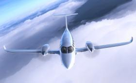 eFlyer 800 е 8-местен… електрически самолет с пробег от над 900 км