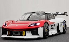 Мощният 1073 к.с. Mission R е първото състезателно електрическо Porsche