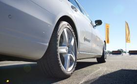 Бюджетни или първокласни летни гуми?