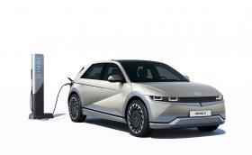 Официално: Hyundai Ioniq 5 е тук. Поддържа по-бързо зареждане от Taycan