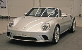 55One е малък роудстър, който Porsche трябваше да произвежда