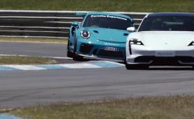 Porsche Taycan vs 911 GT3 RS vs GT3 Cup. Коя е най-бърза!? Видео