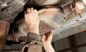 Пет начина да се предпазите от кражба на катализатора