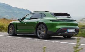 Porsche Taycan Cross Turismo: първото електрическо комби на марката