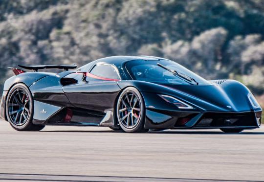 Най-бързата заводска кола в света е SSC Tuatara с рекордните 455 км/ч!