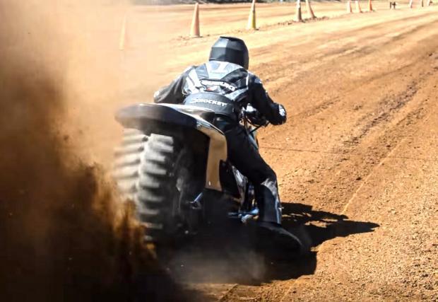 Дърт драг или колко пръст може да хвърли един мотор. Видео
