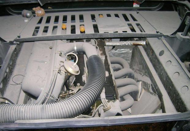 1981 BMW M1. Галерия 14 снимки