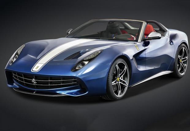 2015 Ferrari F60 America. Открива версия на F12, с 6,3-литров V12 и 730 к.с., достатъчни 3,2 секунди от 0-100 и 320 км/ч. Бе произведено в едва 10 броя, всеки с цена от 2,5 млн. Долара. Или десеторно повече от сумата за нормална F12-ка.