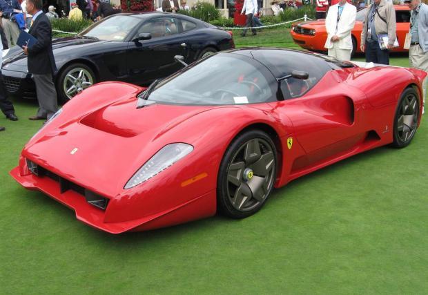 2006 Ferrari P 4/5. Уникалният модел, който Pininfarina изработи за г-н Джеймс Гликенхаус. Последният купи последното произведено Enzo и го даде на студиото за да му направят тази красота, препращаща към състезателното P 2/3 от 60-те.