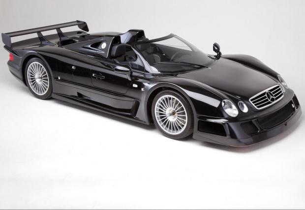 Mercedes-Benz CLK GTR Roadster. Чист състезателен автомобил с добавени работи за да бъде допуснат до улицата. Направен едва 6 пъти, във версия роудстър (20 купета) и задвижван от масивен 6.9 V12 с 612 к.с. и 775 Нм, 0-100 за 3,8 сек и 320 км/ч.