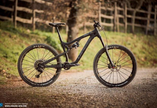 Lapierre Zesty AM 927 Ultimate | € 4999 | 12,67 кг