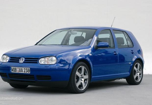 Популярният виц гласи, че само у нас, когато се похвалиш, че си си купил нова кола, те питат от коя година е моделът