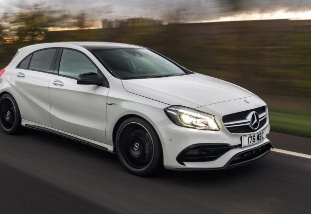 2. Mercedes-AMG A45: 4,2 секунди до 100 км/ч