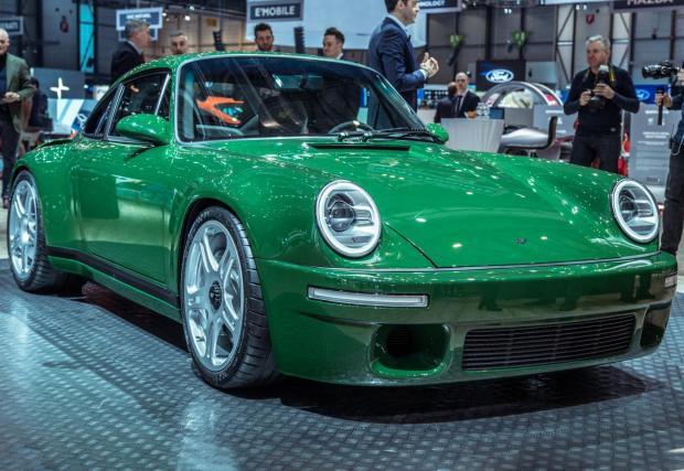 Ruf SCR с 503 коня е кола-мечта, която тежи 1325 кг. По-леко е от Porsche GT3.