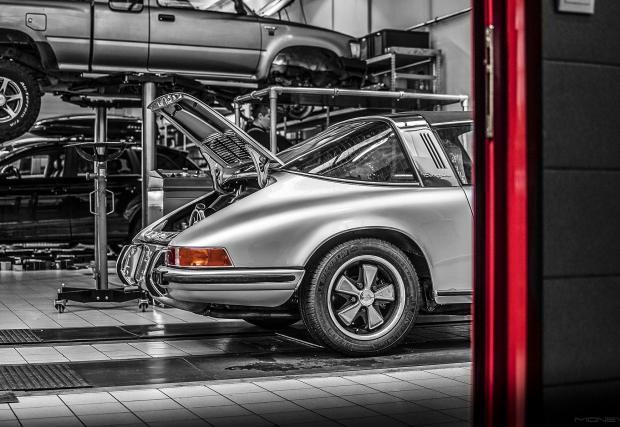 Бижу в сервиза: 1973 Porsche 911T Targa.