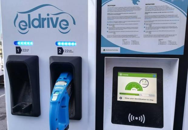 Зарядните станции на Eldrive са безплатни за коли Spark, както и Синя и Зелена зона