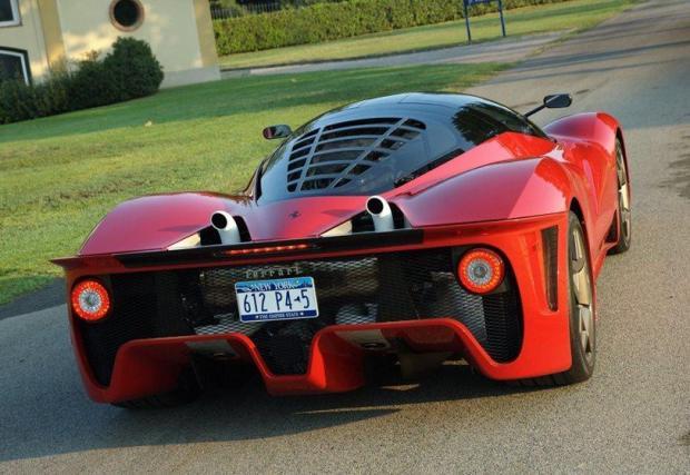 Ferrari P4/5 by Pininfarina: Джеймс Гликенхаус купува последното произведено Enzo и го закарва на Pininfarina, за да бъде направена тази метаморфоза на стойност 4 млн. долара (без да броим цената на първоначалната кола).