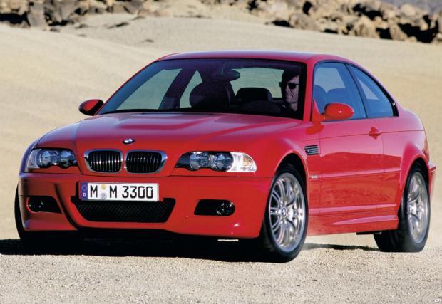 3. 3,2-литров редови шестак задвижваше E46 M3. Третият най-добър двигател за този век, според специалистите