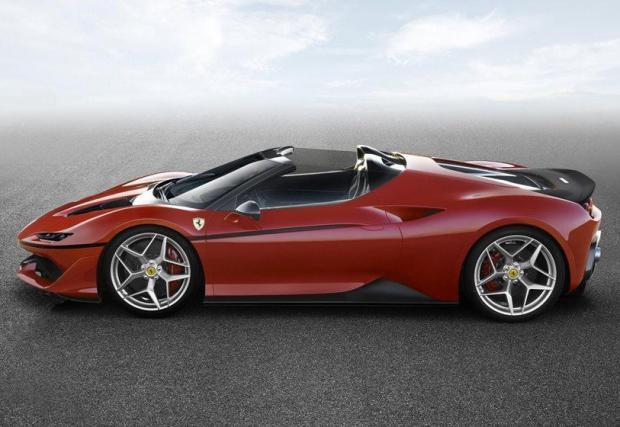Галерия с 10 изумителни произведения на Ferrari