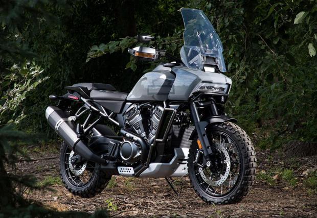 Harley-Davidson Pan America, най-радикалният байк на компанията. Галерия с още 5 снимки.
