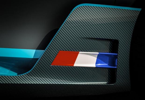 Bugatti Divo - каквото имаме до тук са само детайли. И история...