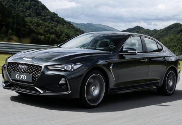 7. Genesis G70 Coupe: Появата на новото купе ще съвпадне с дебюта на марката в Европа. Луксозната марка на Hyundai иска парче от баницата на Lexus и Infiniti.