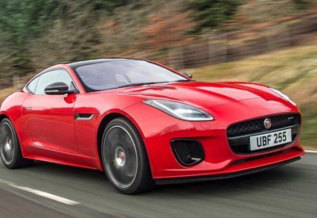 6. Jaguar F-Type: Новото поколение на купето на Jag ще бъде по-бързо, по-брутално и по-електрическо. Да, най-вероятно ще е хибрид или изцяло електрически модел.