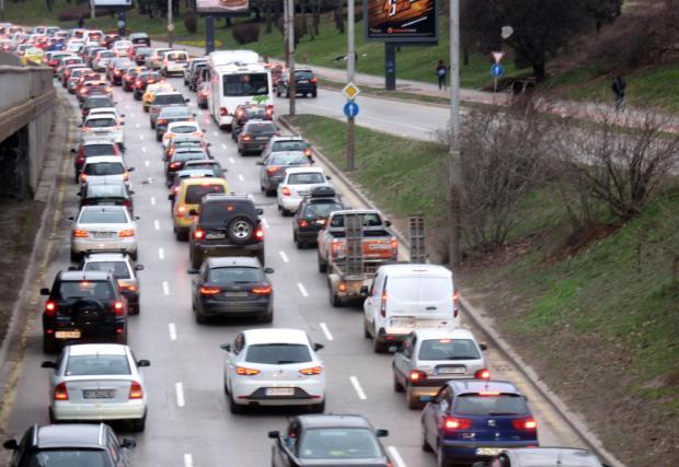 Автопаркът ни изглежда така...