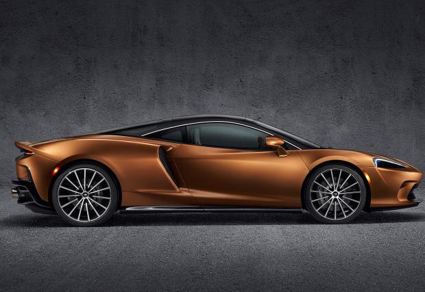 12 снимки с най-комфортния McLaren в историята