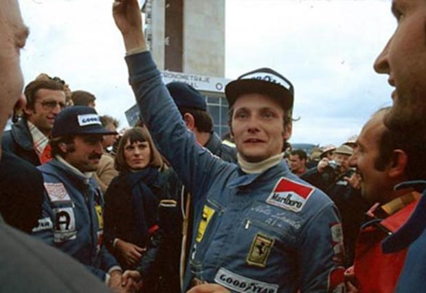 В 171 старта той печели 25 победи, качва се на 54 подиума, 24 пъти стартира от първа позиция и има 24 най-бързи обиколки.